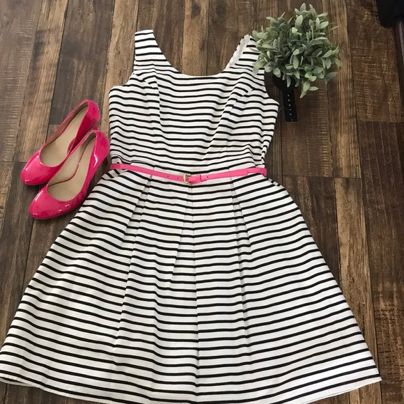 Tiana B. Dresses & Skirts - NWT Tiana B Black and White striped dress